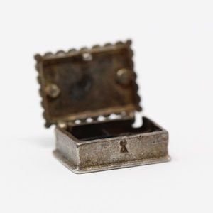 VINTAGE Sterling Silver 3D Movable Jewel Box Charm